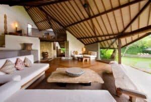 phoca_thumb_l_living space and mezzanine floor